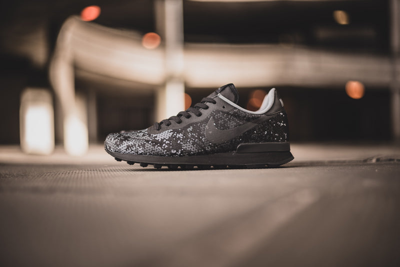 Nike Internationalist JCR QS black 08 800pix