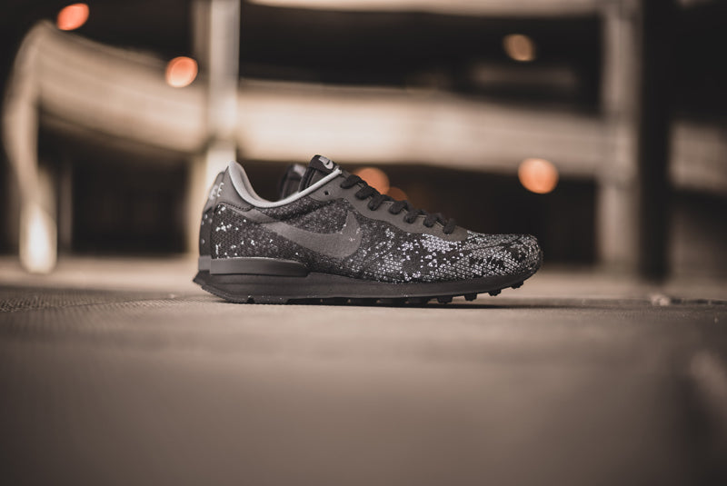 Nike Internationalist JCR QS black 09 800pix
