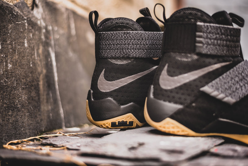 low priced 077c2 db37c Nike Lebron Soldier 10 - 844378-009 03 800pix