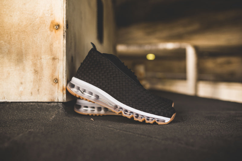 NikeLab Air Max Woven Boot SP 921854-003. BLACK BLACK-TRUE WHITE-GUM LIGHT  BROWN Launch  Thursday 17th August 08 00BST 4e57f6008