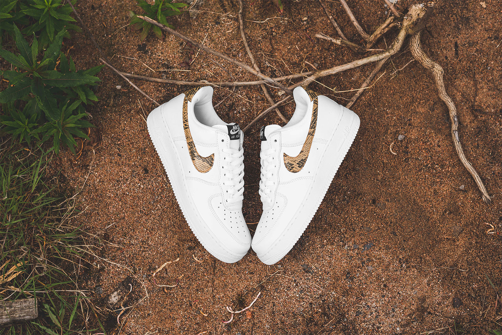 Buy The Nike Air Force 1 Low Ivory Snake (96 Snake) Right