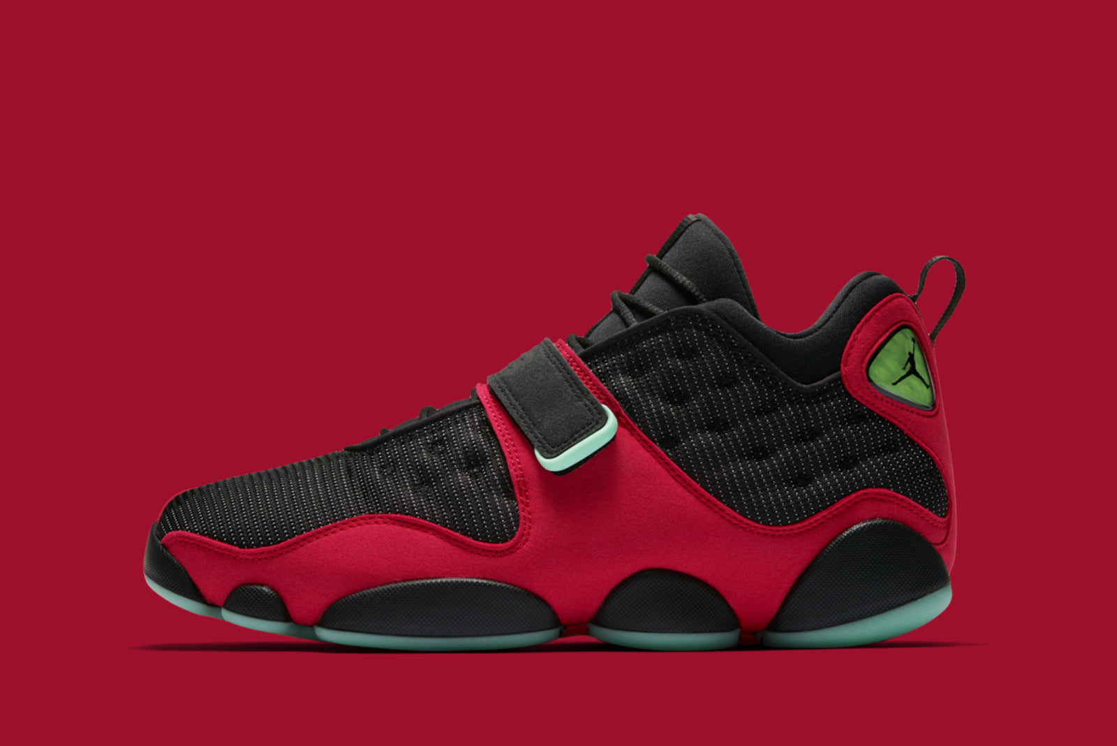 51a36a93b1083e The second Air Jordan launch for this week sees us treated to a first.  Jordan brand bring Tinker Hatfield s original sketch for the Air Jordan 13  to life.