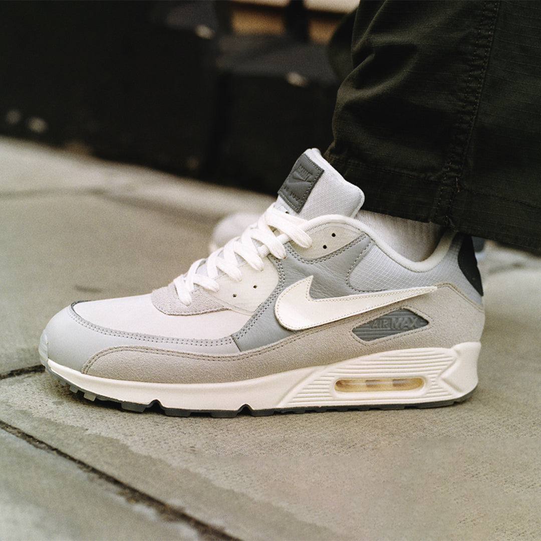 Air Max 90 'The Basement London' Release Date. Nike SNEAKRS SA