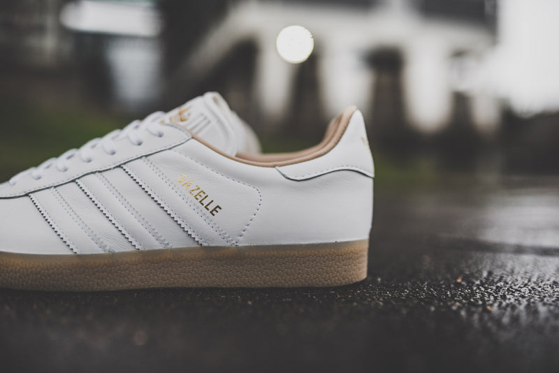 adidas-gazelle-utility-black-f16-and-ftwr-white-bb5504-and-bb5503_17