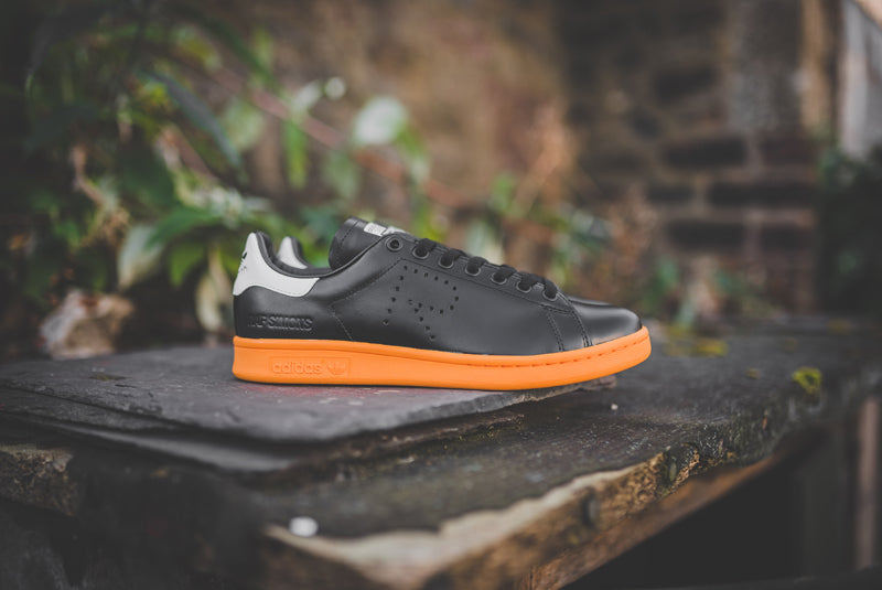adidas-stan-smith-x-raf-simons-bb2647-01-800pix