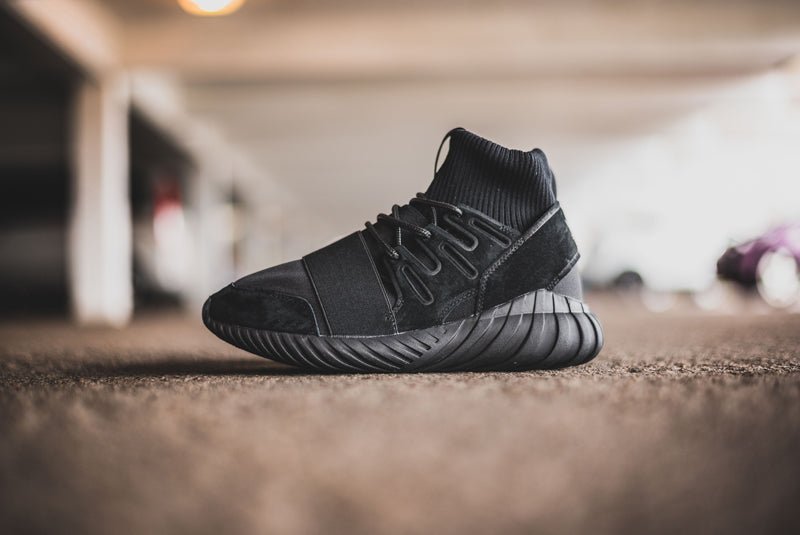 adidas Tubular Doom Core Black 01 800pix