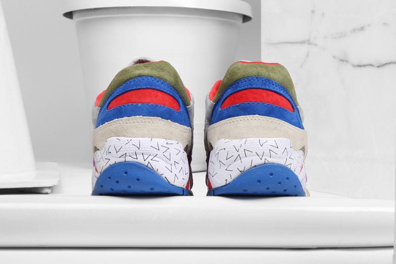 bodega-x-saucony-elite-g9-shadow-6-pattern-recognition-pack-8