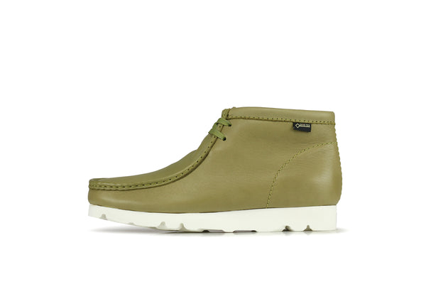 ac7bb507 Clarks Wallabee Boot GTX