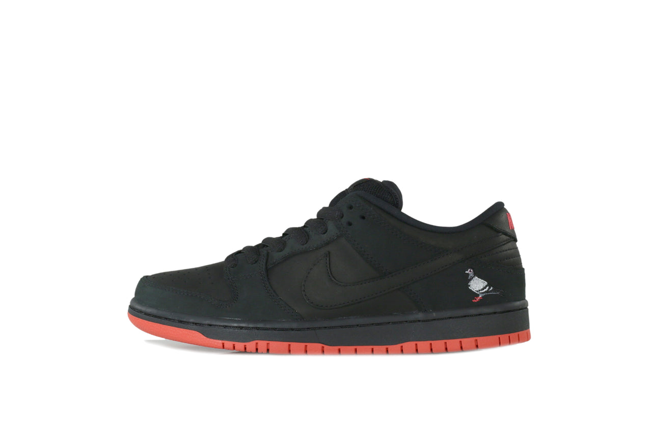 "Nike SB Dunk Low x Jeff Staple ""Black Pigeon"""