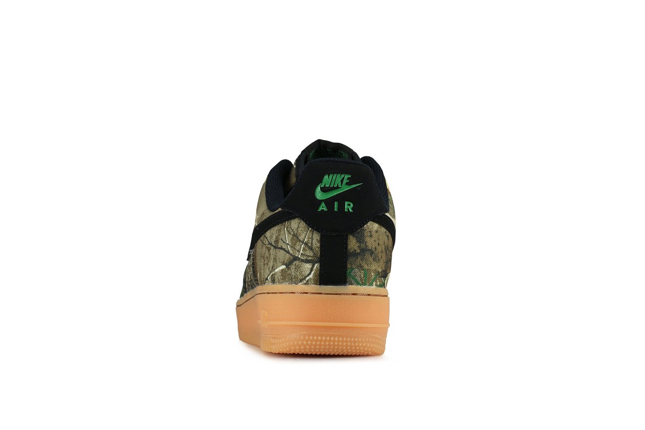 huge discount 15752 81700 Nike Air Force 1  07 LV8 3 x Realtree