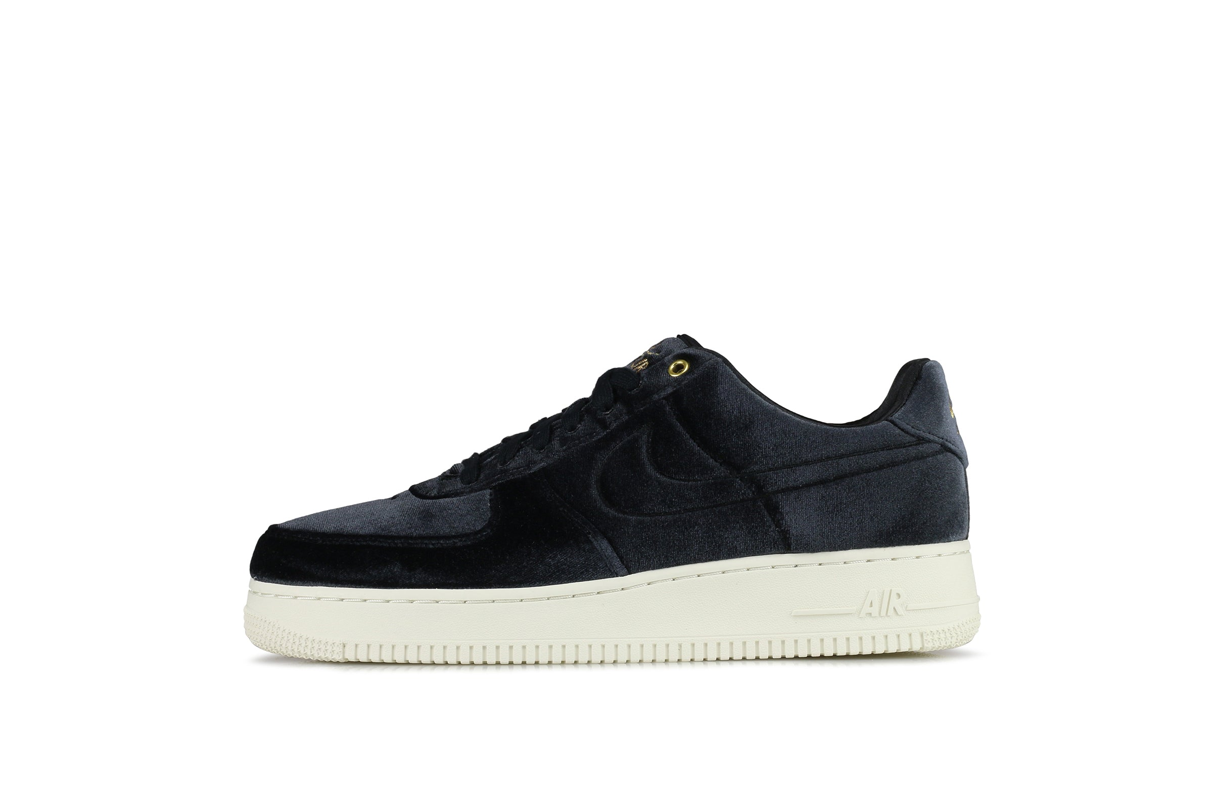 lowest price ab709 875c0 Nike Air Force 1 07 Premium 3