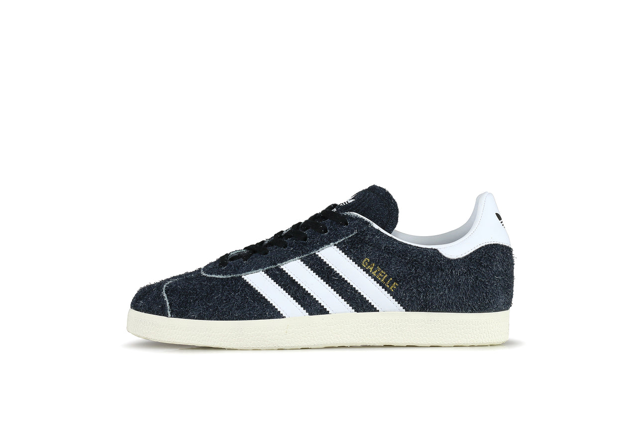 new high offer discounts on feet at Adidas Gazelle