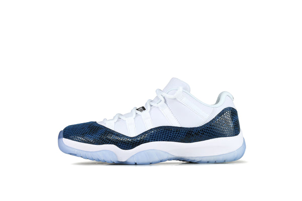 Nike Air Jordan 11 Retro Low LE