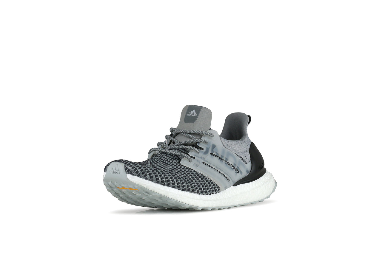 Adidas Ultraboost x Undefeated