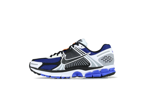 0625872c9a8594 Nike Zoom Vomero 5 SE SP