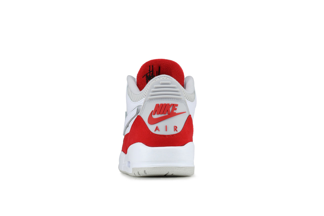 hot sale online 716a2 739ff Nike Air Jordan 3 Retro TH SP NRG