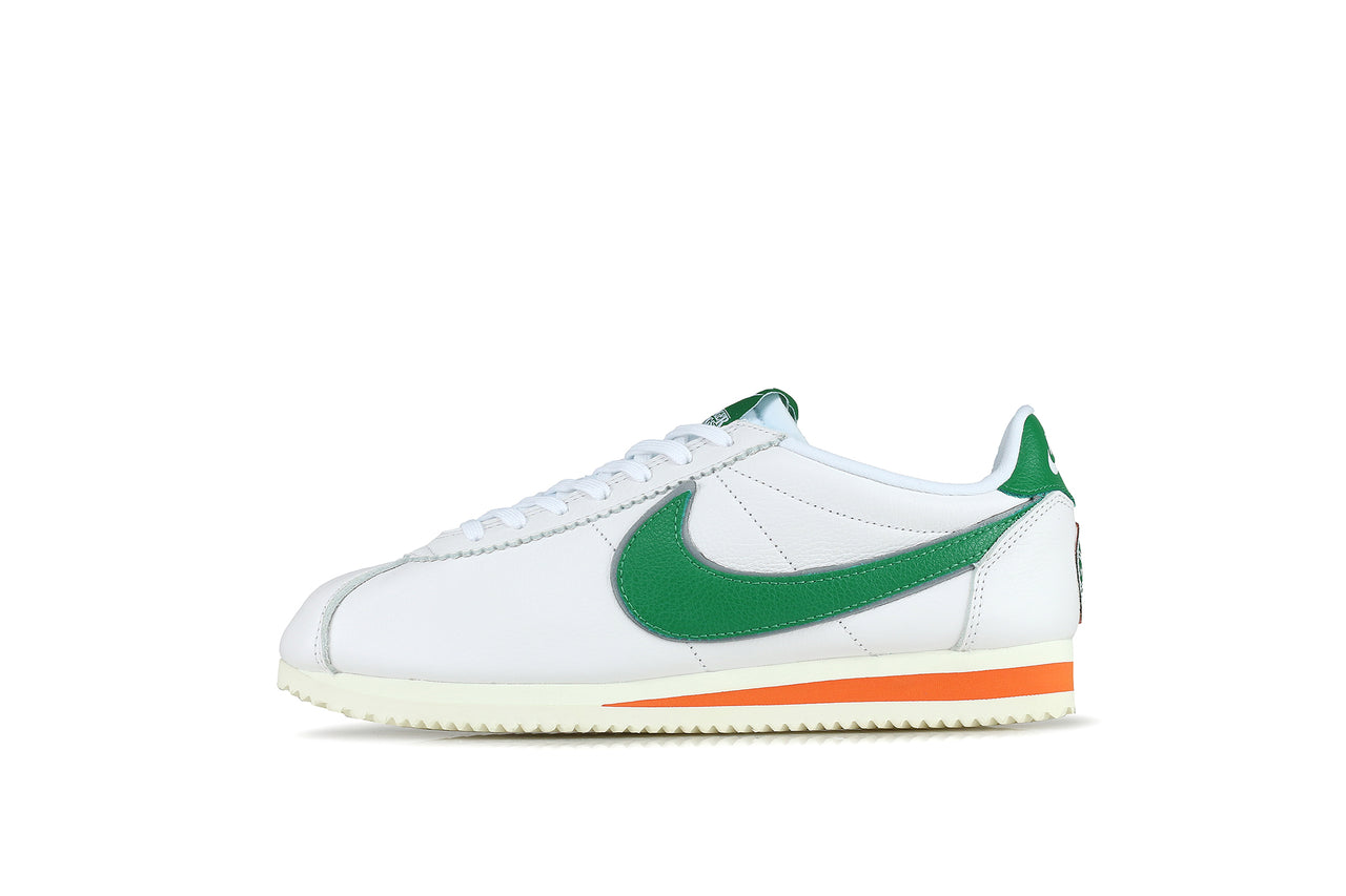 photos officielles 1420e 41431 Nike Classic Cortez QS HH x Stranger Things