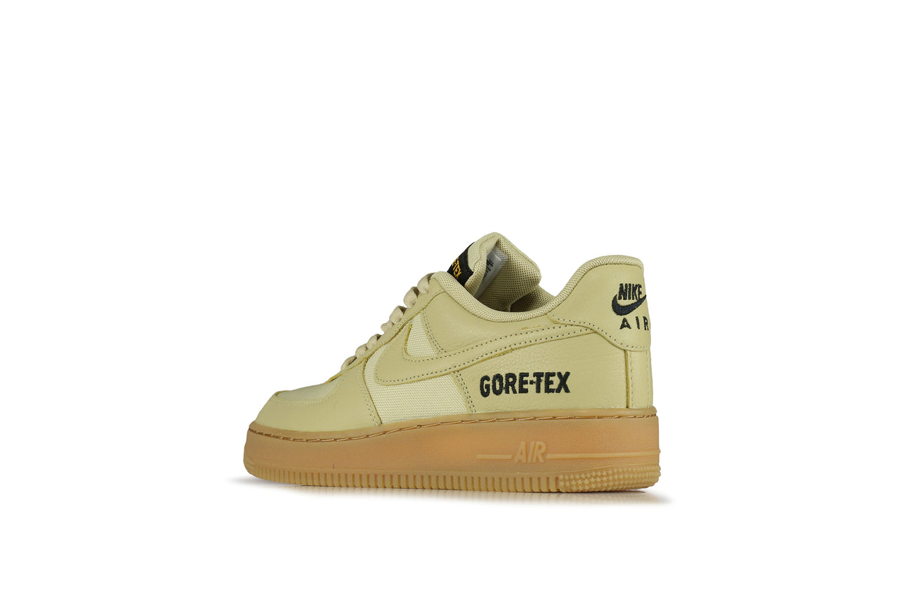 Nike Air Force 1 GTX </p>                                 <!--bof Product URL -->                                                                 <!--eof Product URL -->                                 <!--bof Quantity Discounts table -->                                                                 <!--eof Quantity Discounts table -->                             </div>                         </div>                                             </div>                 </div> <!--eof Product_info left wrapper -->             </div>         </div>     </section>      <section class=