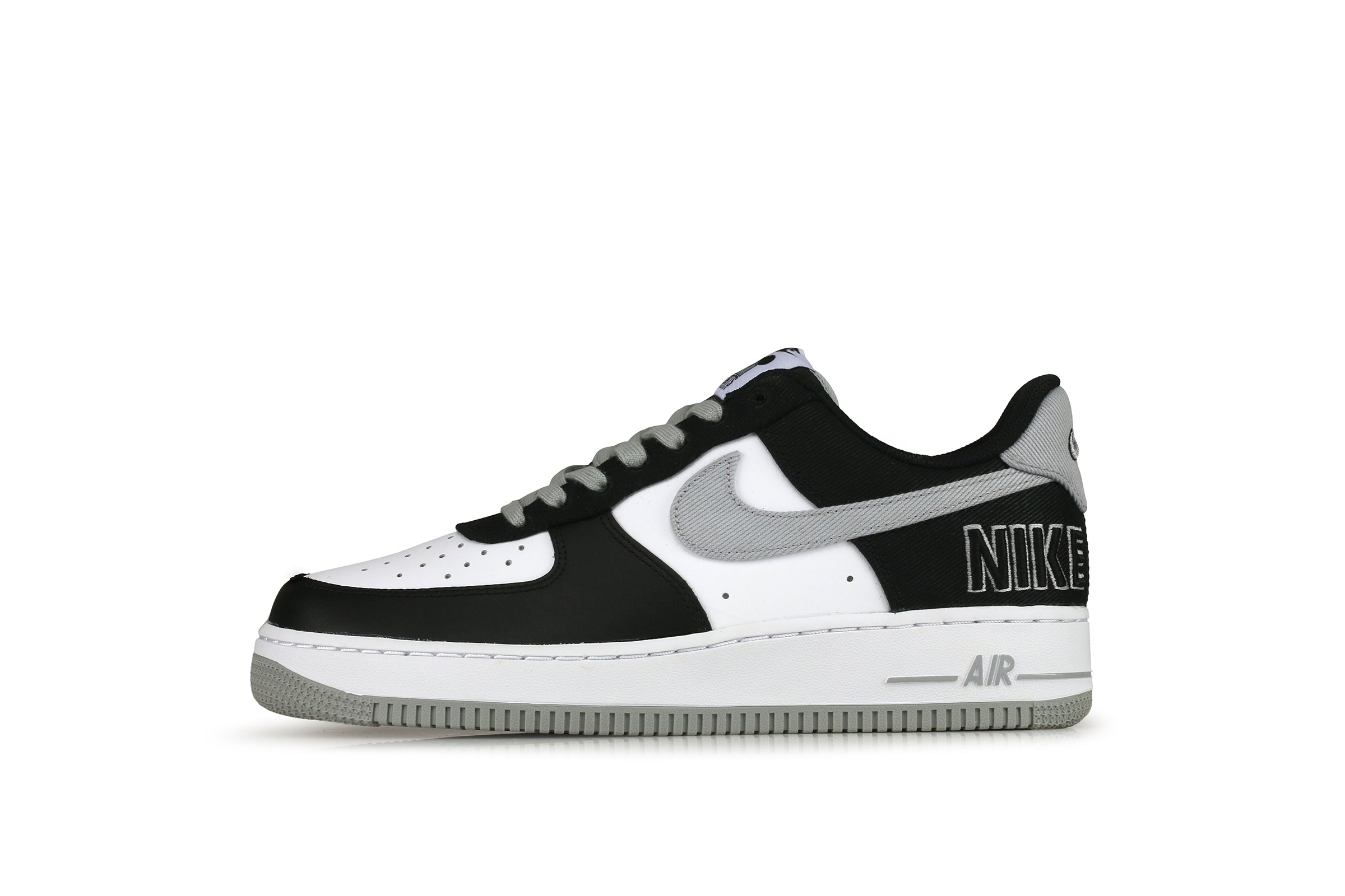 Nike Air Force 1 07 LV8 EMB