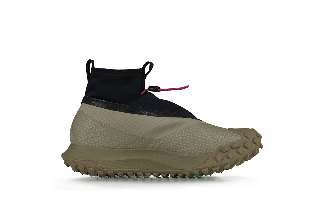Nike ACG Mountain Fly Gore-Tex