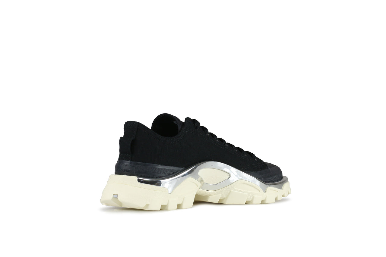 low priced 18cfb f1d19 Adidas Detroit Runner x Raf Simons