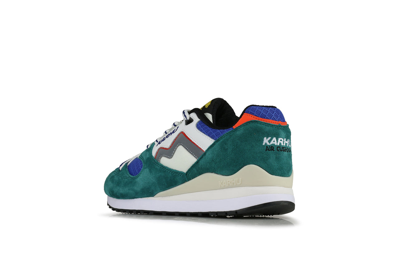 "Karhu Synchron Classic ""Goodbye Winter, Hello Spring"""