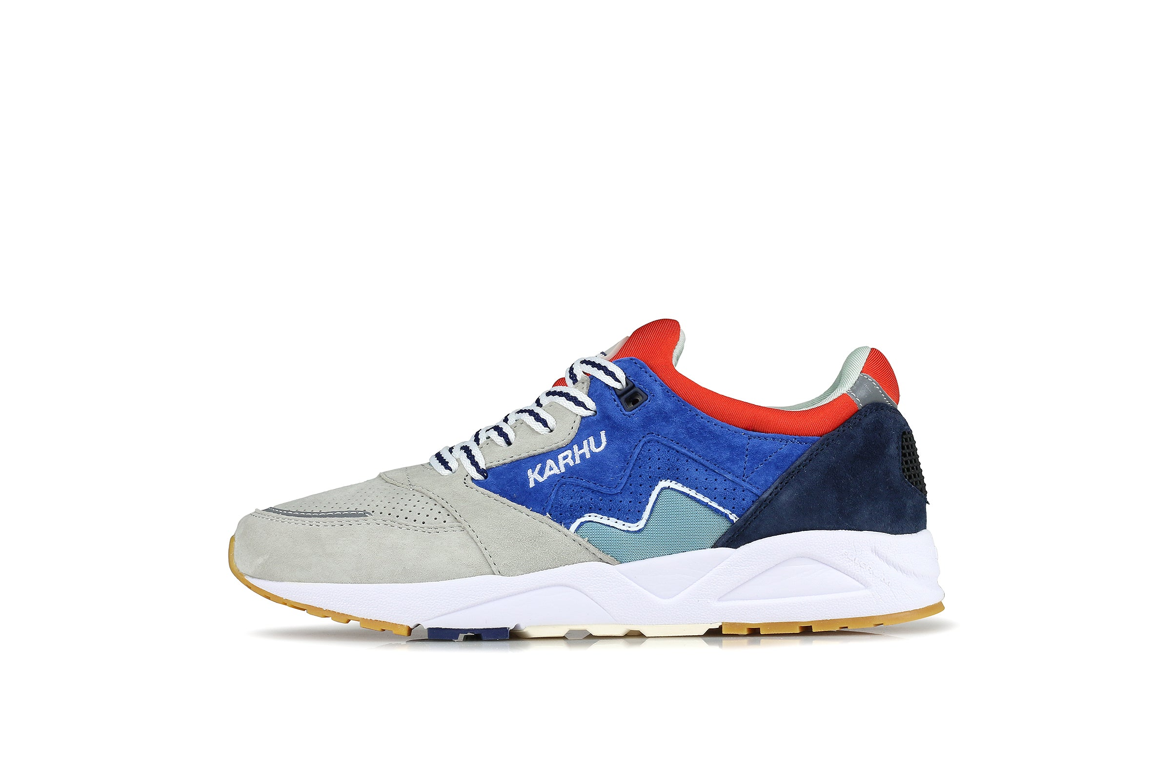 "Karhu Aria ""Land Of The Midnight Sun"""
