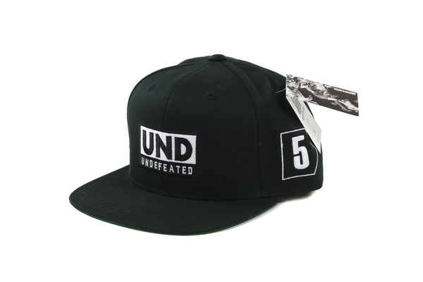 Undefeated Grand Premio Cap