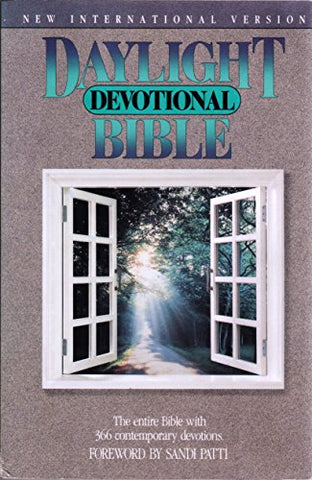 Daylight Devotional Bible: New International Version
