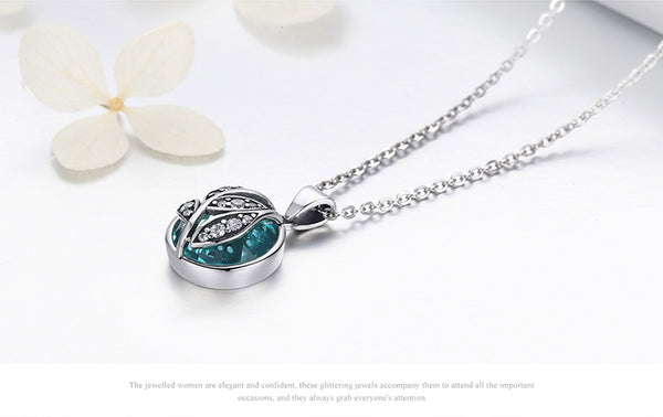 Green Crystal Tree of Life Pendant Necklace - CHAKRA HUB