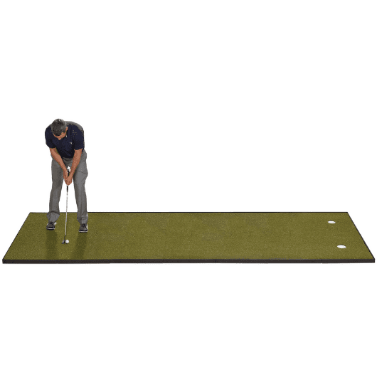 putting-indoors-on-fiberbuilt-4-x-14-putting-green