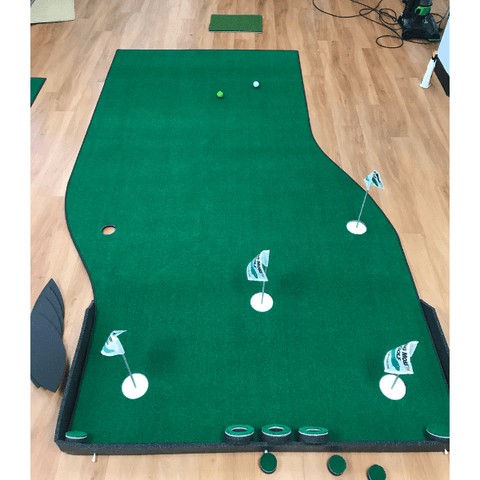 Big Moss 6' x 10' The Natural V2 Putting Green & Chipping Mat Set Up Inside
