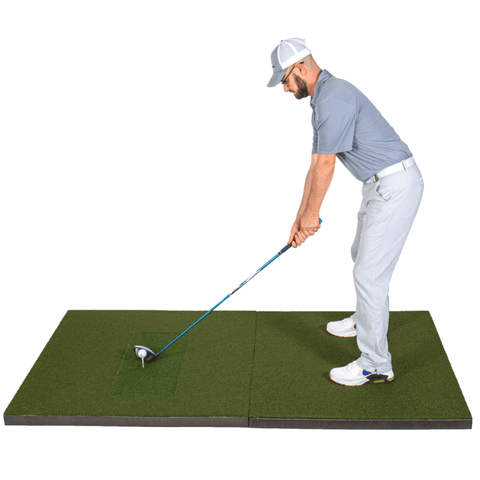 SIGPRO 4x7 Golf Mat with Golfer Addressing Ball