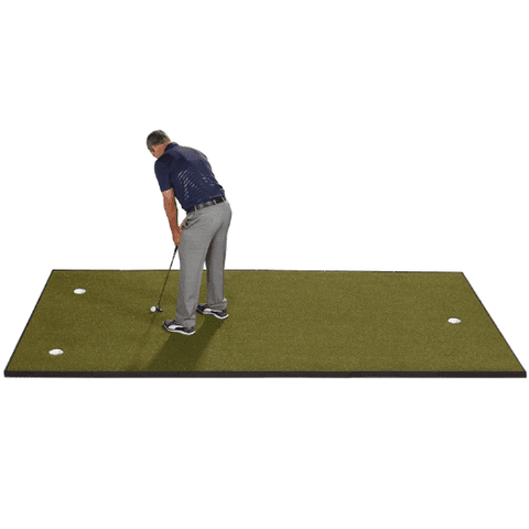 putting-indoors-on-fiberbuilt-putting-green