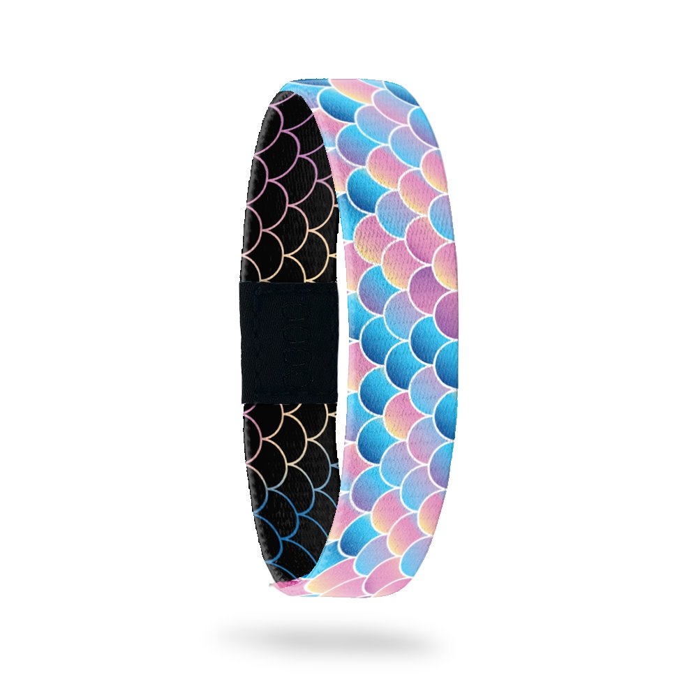Product photo of outside design of do my best with fish scales of a variety of scales of blue, coral, and purple gradient coloration