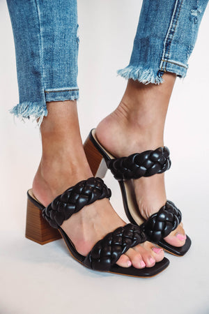 Claire Sweater-Hunter Green