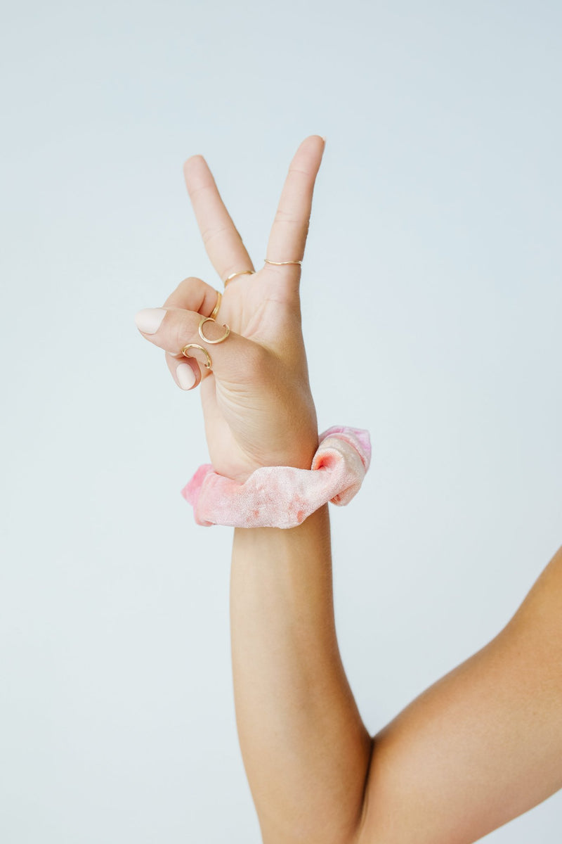 Life Saver Velvet Scrunchie In Coral