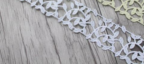 2yards/lot 30mm Leaves Lace Trim Ribbon Silver or Gold
