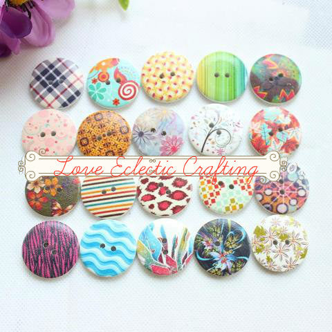 20 different designs, 100 buttons. for Scrapbooking or sewing  30MM -1.18 inches