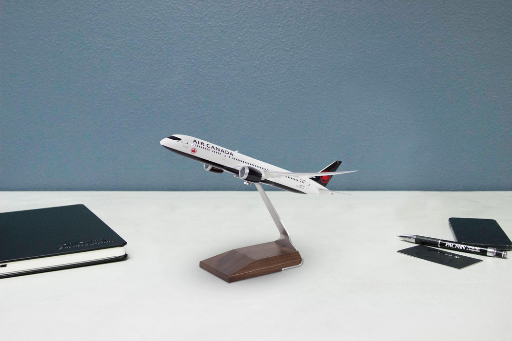 Air Canada Boeing 787-9 Desktop Model 1/200 Scale on desktop