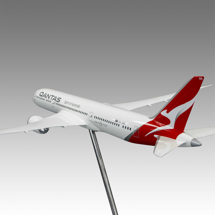 Qantas Airways 787-9 Exhibit Model in 1/50 Scale