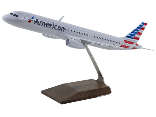 American Airlines A321 Desktop Model 1/100 Scale