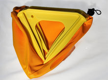 Deltapeg bags including 4 or 6 Delta ®tent pegs