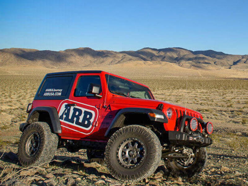 ARB Deluxe Stubby Front Bumper for 18-up Jeep Wrangler JL and 20-up Gladiator JT