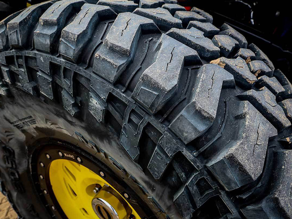MICKEY THOMPSON BAJA BOSS M/T Tire