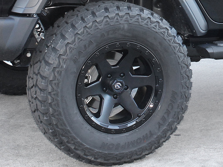 "FUEL D589 ""Ripper"" Wheel in Satin Black with Gloss Black Lip for 07-up Jeep Wrangler JK, JL & JT Gladiator"