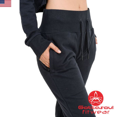 women's joggers outfit
