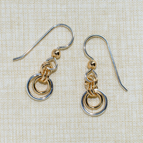 Lunette Eclipse maille earrings in silver and gold