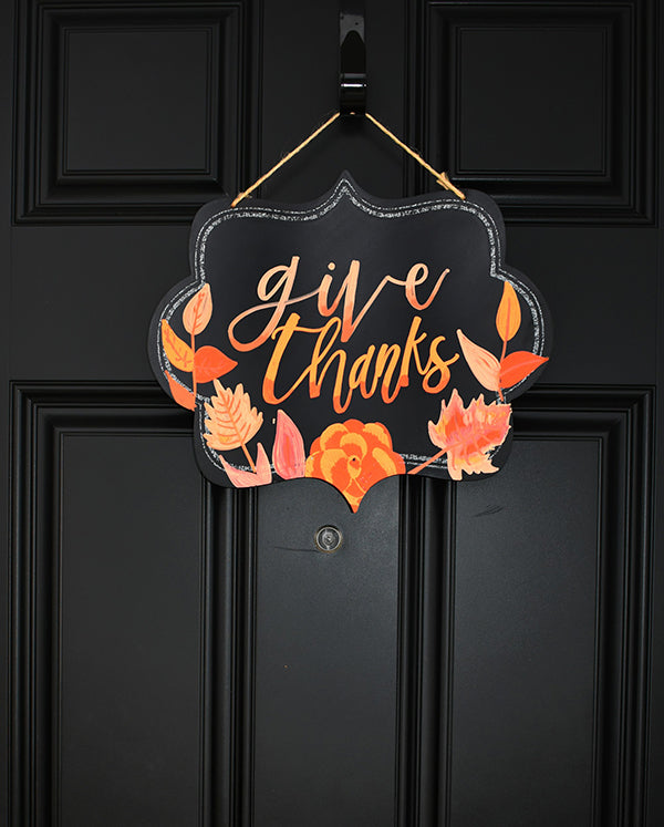 thanksgiving decor with kassa chalk markers