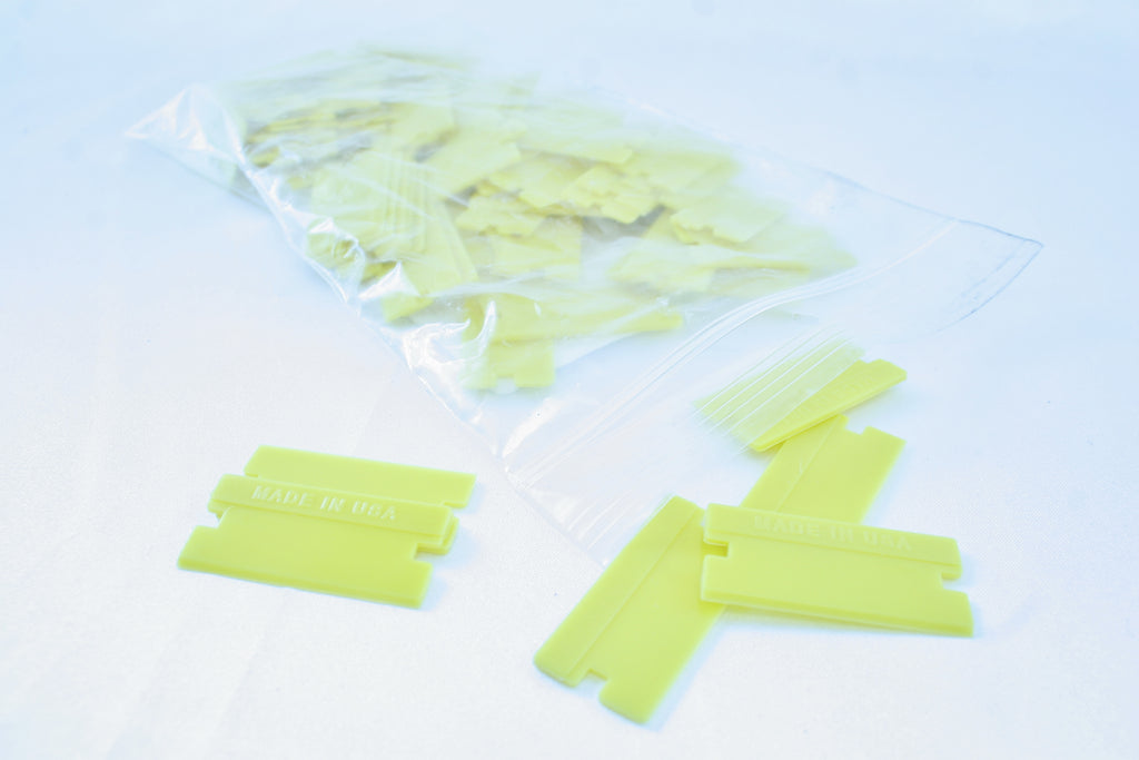 Single-Edge Plastic Razor Blades